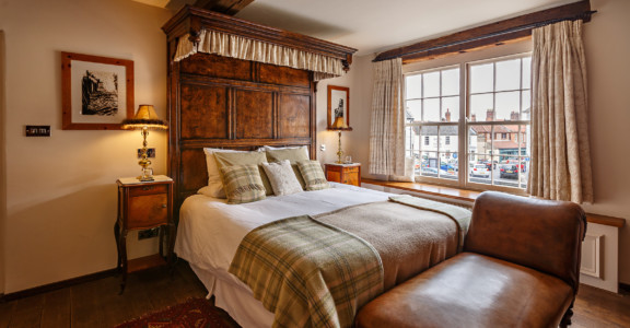 10% Room Stay at Byfords
